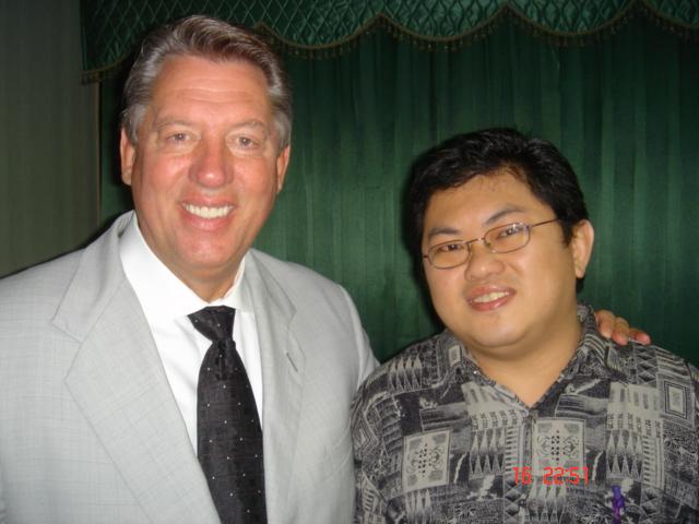 Maxwell dan Paulus Winarto